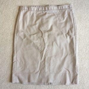 Gap classic pencil skirt- khaki, size 4-